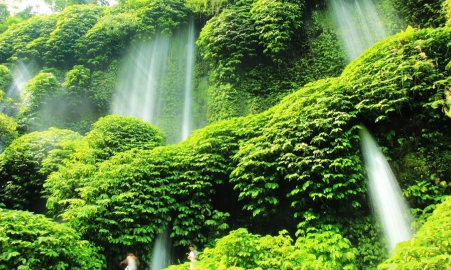 Air Terjun Benang Kelambu wisata air terjun terindah di Indonesia