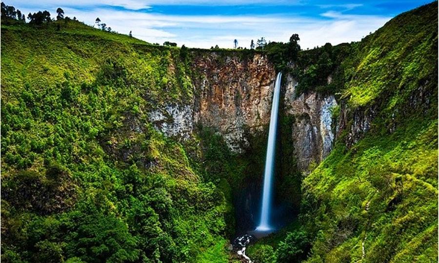 Air terjun Sipiso-piso wisata air terjun terindah di Indonesia