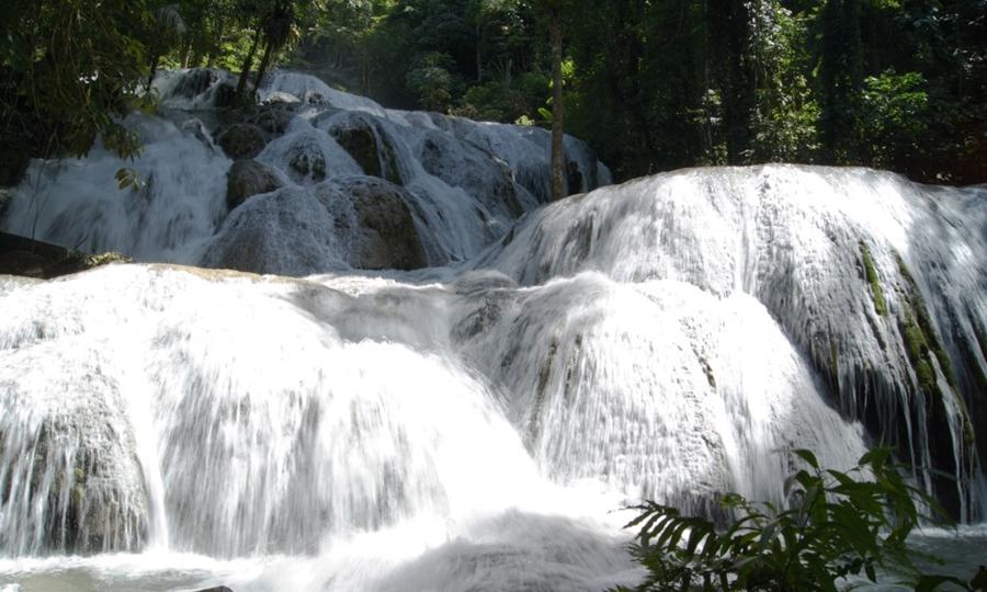 Air Terjun Saluopa wisata air terjun terindah di Indonesia