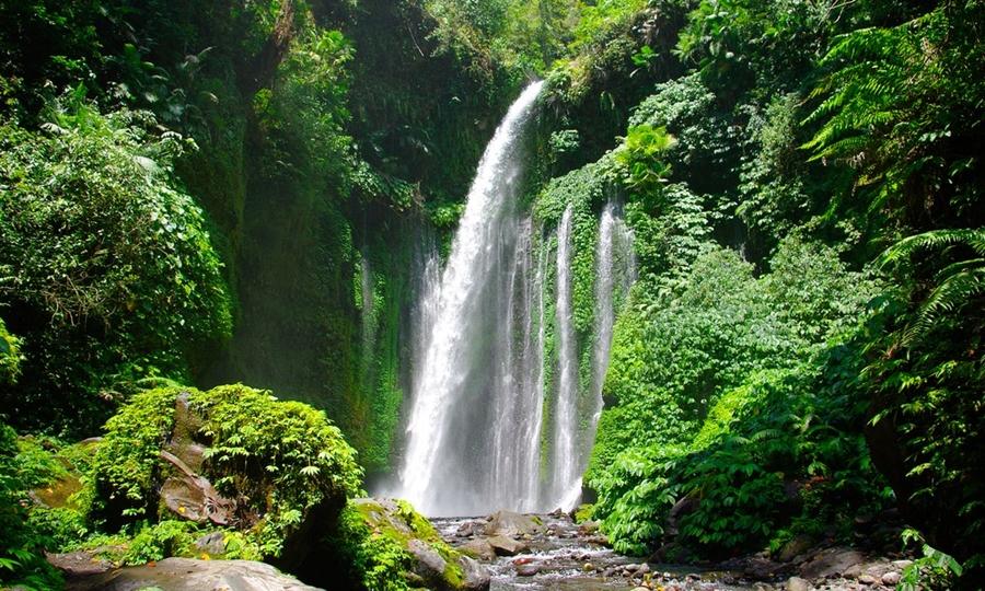 Air Terjun Sendang Gile wisata air terjun terindah di Indonesia