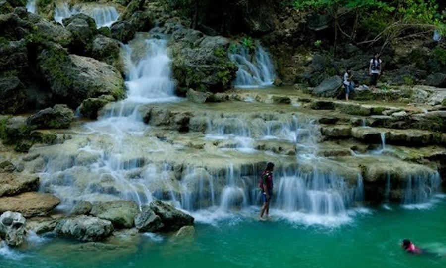 Air Terjun Srigethuk wisata air terjun terindah di Indonesia