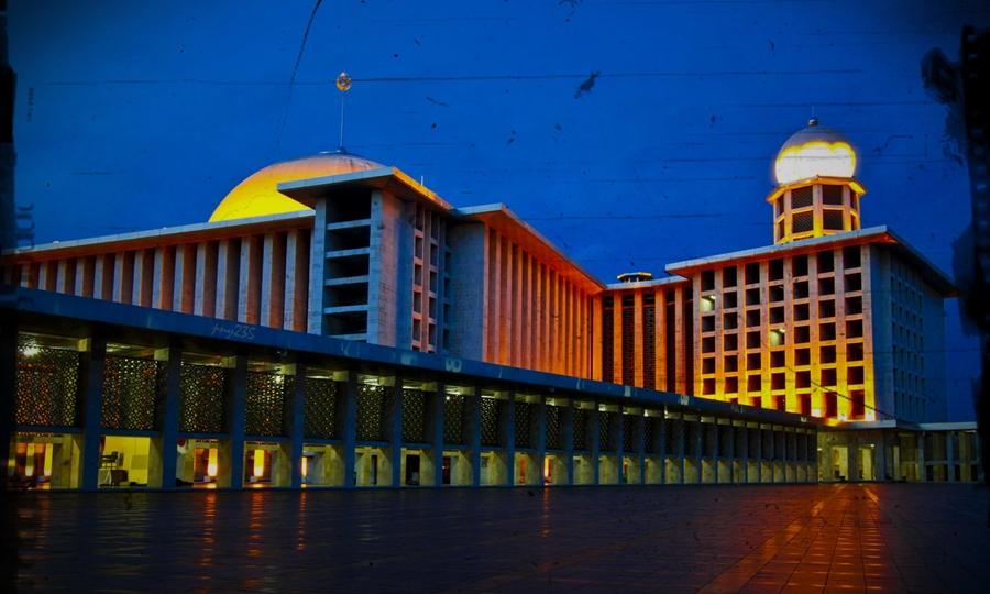 Masjid Istiqlal tempat bersejarah di Indonesia