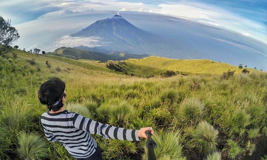 Gunung Merbabu wisata gunung terindah di Indonesia