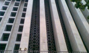 Dinding Luar Masjid Istiqlal