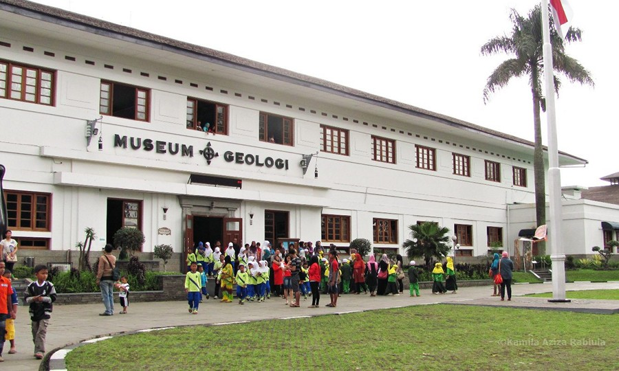 Ramai di Museum Geologi Bandung