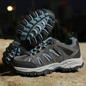 Sepatu Gunung Wanita kat