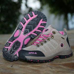 Sepatu Gunung Wanita soft