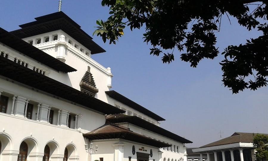 Sudut Rindang Gedung Sate Bandung