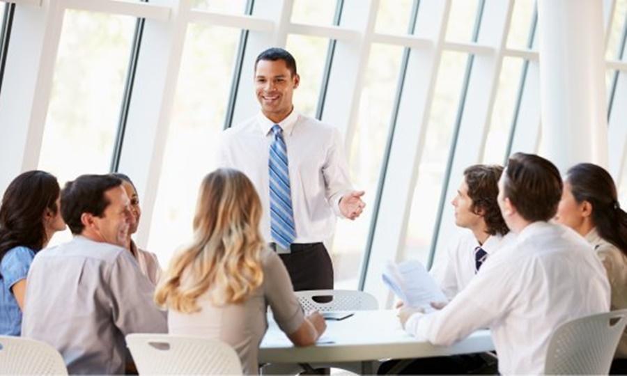 tips memimpin diskusi